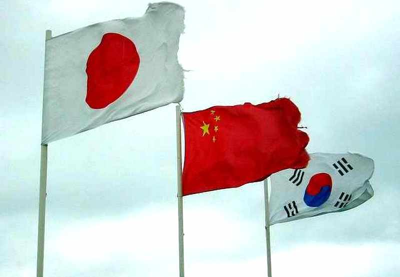 the rise of china japan and south korea from the ruble